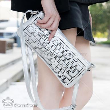 二次元漫画键盘侠斜挎软妹包/手拿包