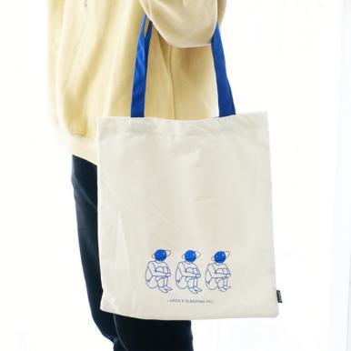 贩卖梦境单肩购物袋(2款混)